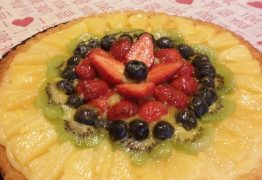 Frutta fresca, un'esplosione di colori da mangiare
