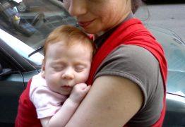 Babywearing: perché utilizzarlo