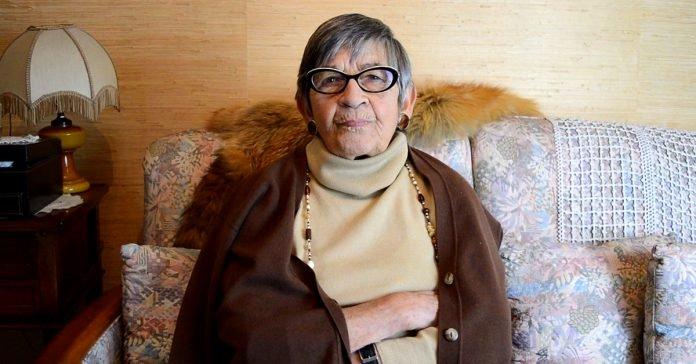 """Ginette Kolinka e il suo """"Ritorno a Birkenau"""": un'importante eredità."""