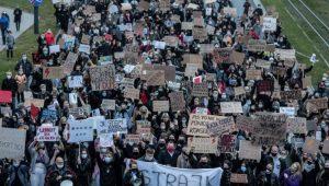 proteste in Polonia contro l'aborto La Repubblica