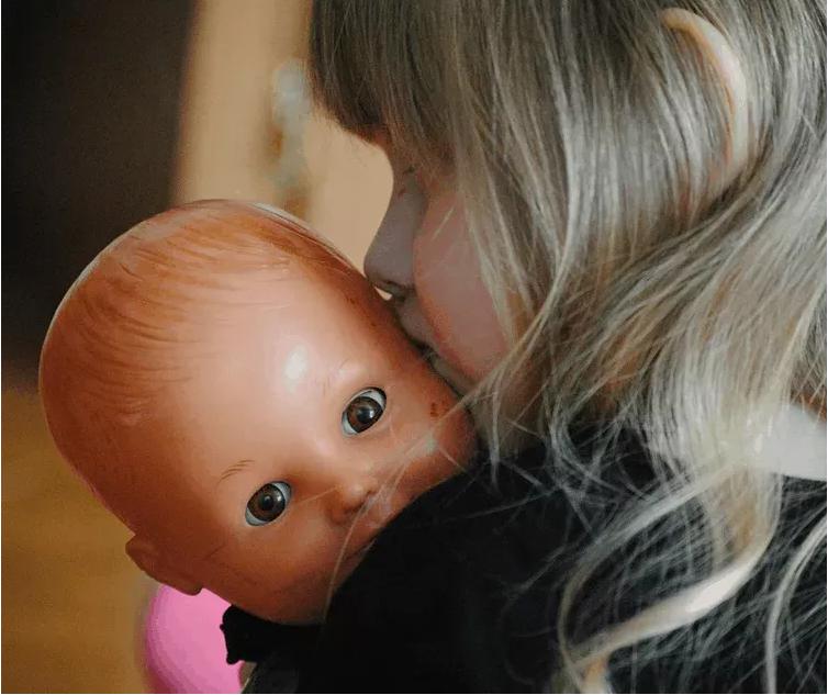 empatia da sviluppare attraverso il gioco con le bambole